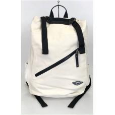 На фото 1 - Рюкзак из текстиля, цвет белый