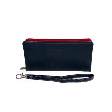 На фото 1 - Женский кошелёк-клатч из мягкой натуральной кожи, цвет синий