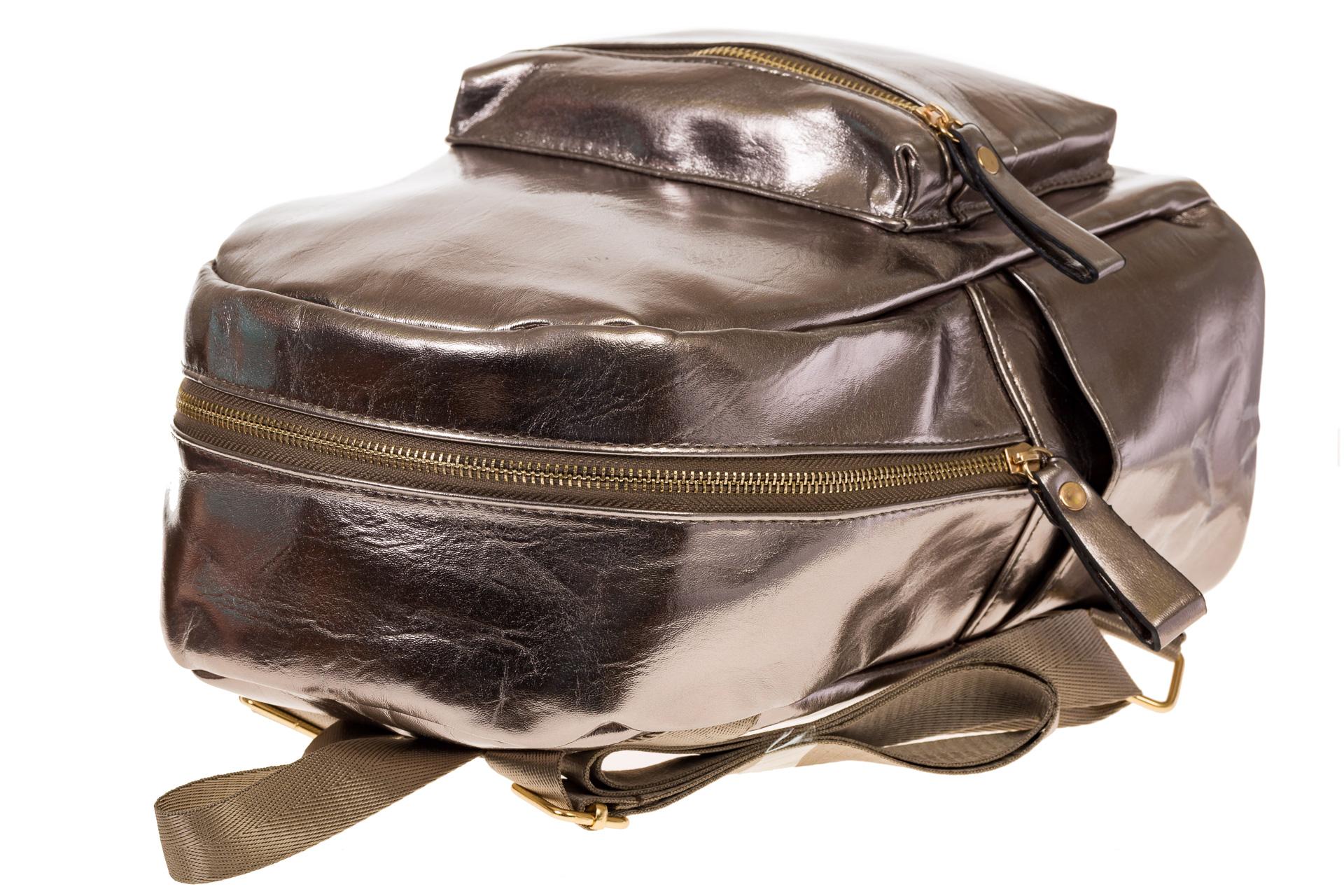 На фото 4 - Женский рюкзак из искусственной кожи бронзового цвета 025RJ5