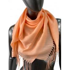 На фото 1 - Лёгкий платок-палантин из кашемира, цвет персиковый