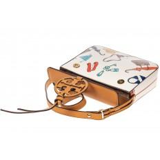 На фото 4 - Лёгкая летняя сумка из искусственной кожи, цвет белый с принтом