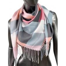 На фото 1 - Клетчатый платок-палантин из хлопка в серых и розовых оттенках