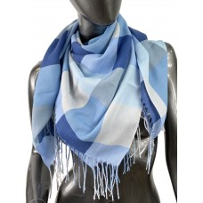 На фото 1 - Клетчатый платок-палантин из хлопка, голубые оттенки