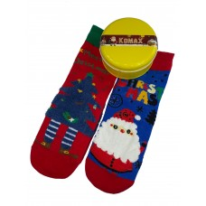 На фото 1 - Новогодний набор носков в металлической банке