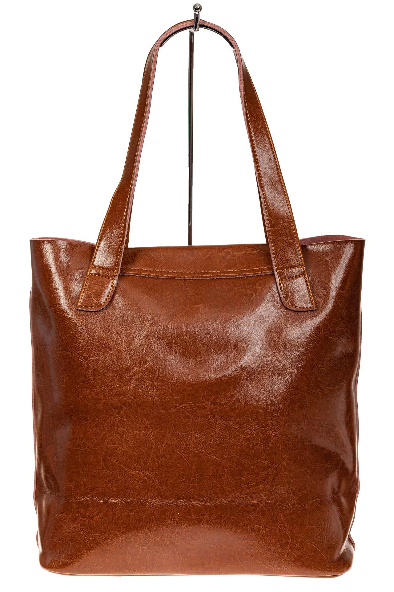 На фото 2 - Женская сумка-пакет из натуральной кожи, цвет рыжий