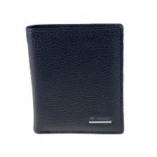 На фото 1 - Маленькое портмоне из фактурной натуральной кожи с зажимом, цвет чёрный
