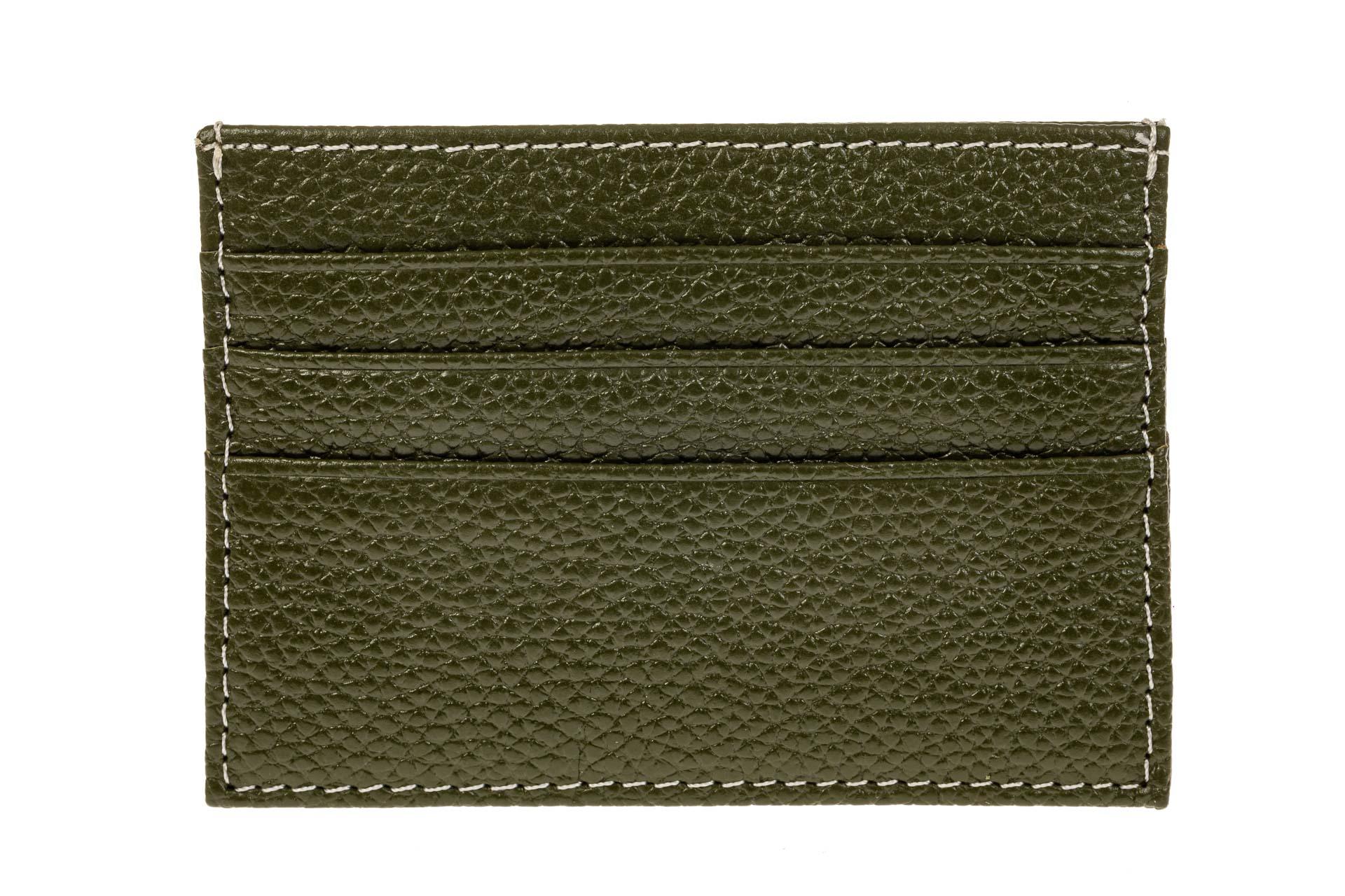 На фото 2 - Картхолдер на 6 карт из натуральной кожи, цвет зеленый