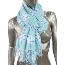 На фото 1 - Лёгкий клетчатый шарф-палантин из хлопка и бамбука, цвет зелёный