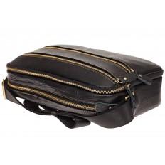 На фото 4 - Мужская сумка с золотистой фурнитурой, натуральная кожа