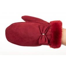 На фото 1 - Варежки зимние женские, материал велюр, цвет красный