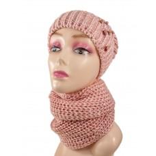 На фото 1 - Комплект женская шапка  и шарф, цвет розовый