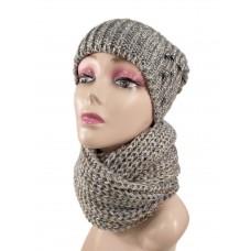 На фото 1 - Комплект женская шапка  и шарф, цвет серый с золотом
