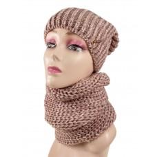 На фото 1 - Комплект женская шапка  и шарф, цвет темно-розовый