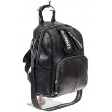 На фото 1 - Женский рюкзак-трансформер из фактурной искусственной кожи, цвет чёрный