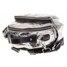 На фото 4 - Серебряный рюкзак из искусственной кожи округлой формы