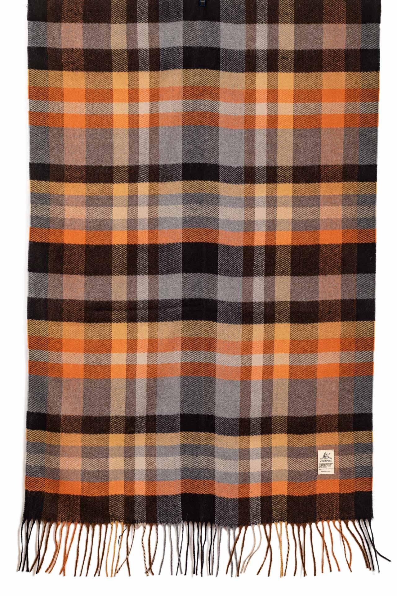 На фото 2 - Недорогой шарф-палантин из кашемира, цвет рыжий