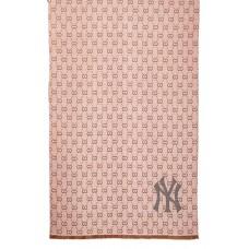 На фото 1 - Шаль-палантин из кашемира, цвет розовый