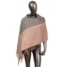 На фото 1 - Широкий шарф-палантин из кашемира, цвет сер...