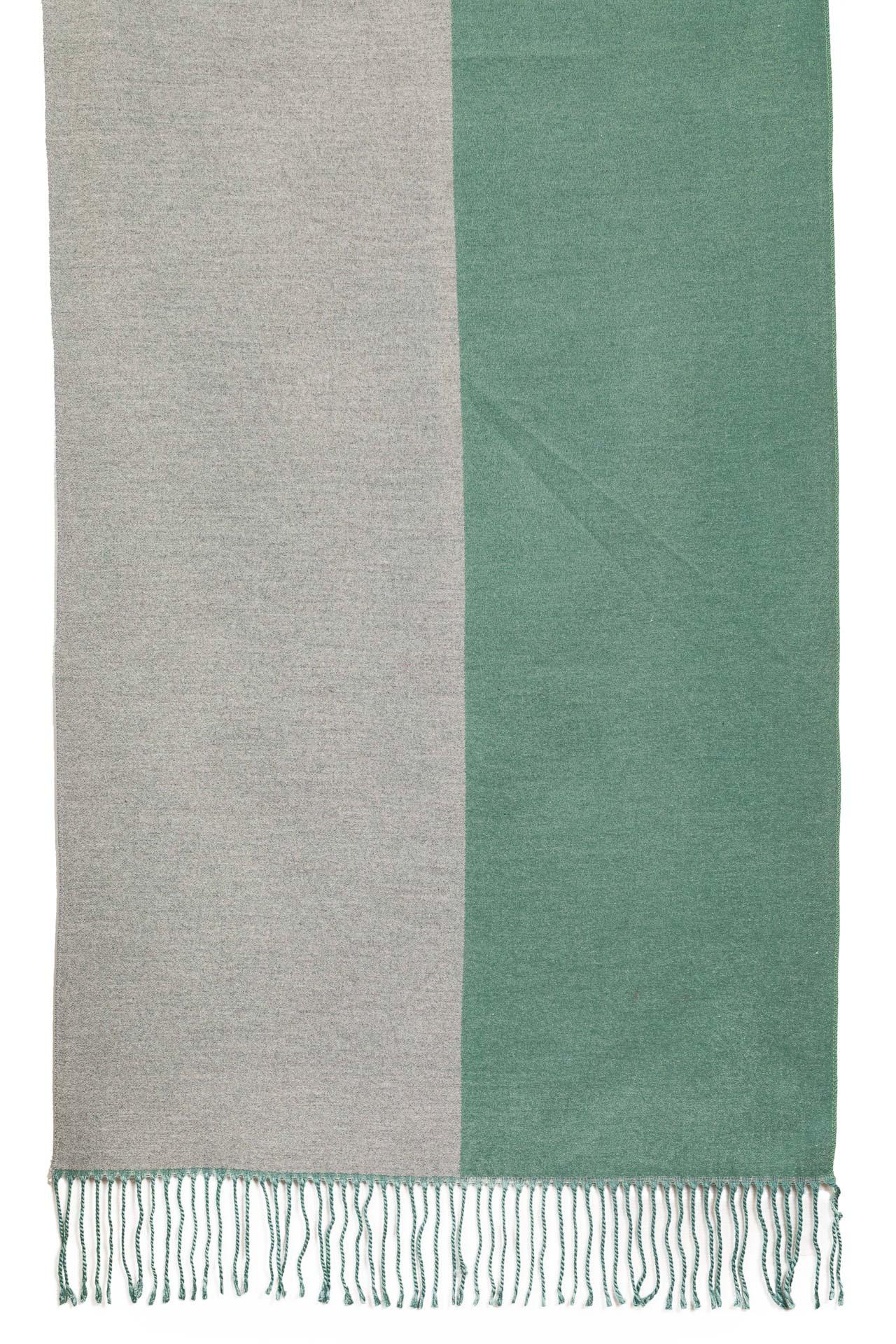 На фото 2 - Женский палантин из кашемира, цвет бирюза