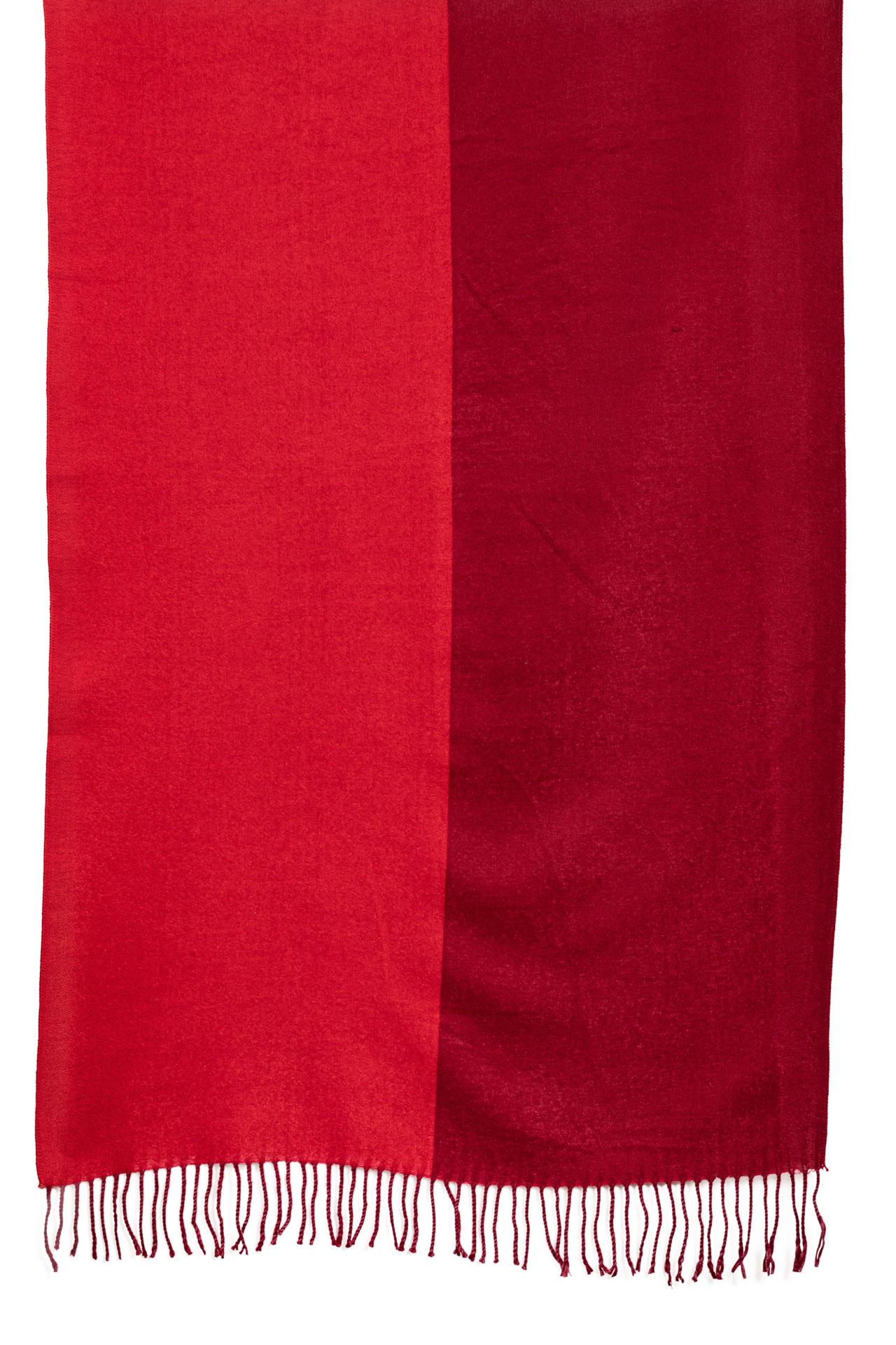 На фото 2 - Шикарный женский палантин из кашемира, цвет красный