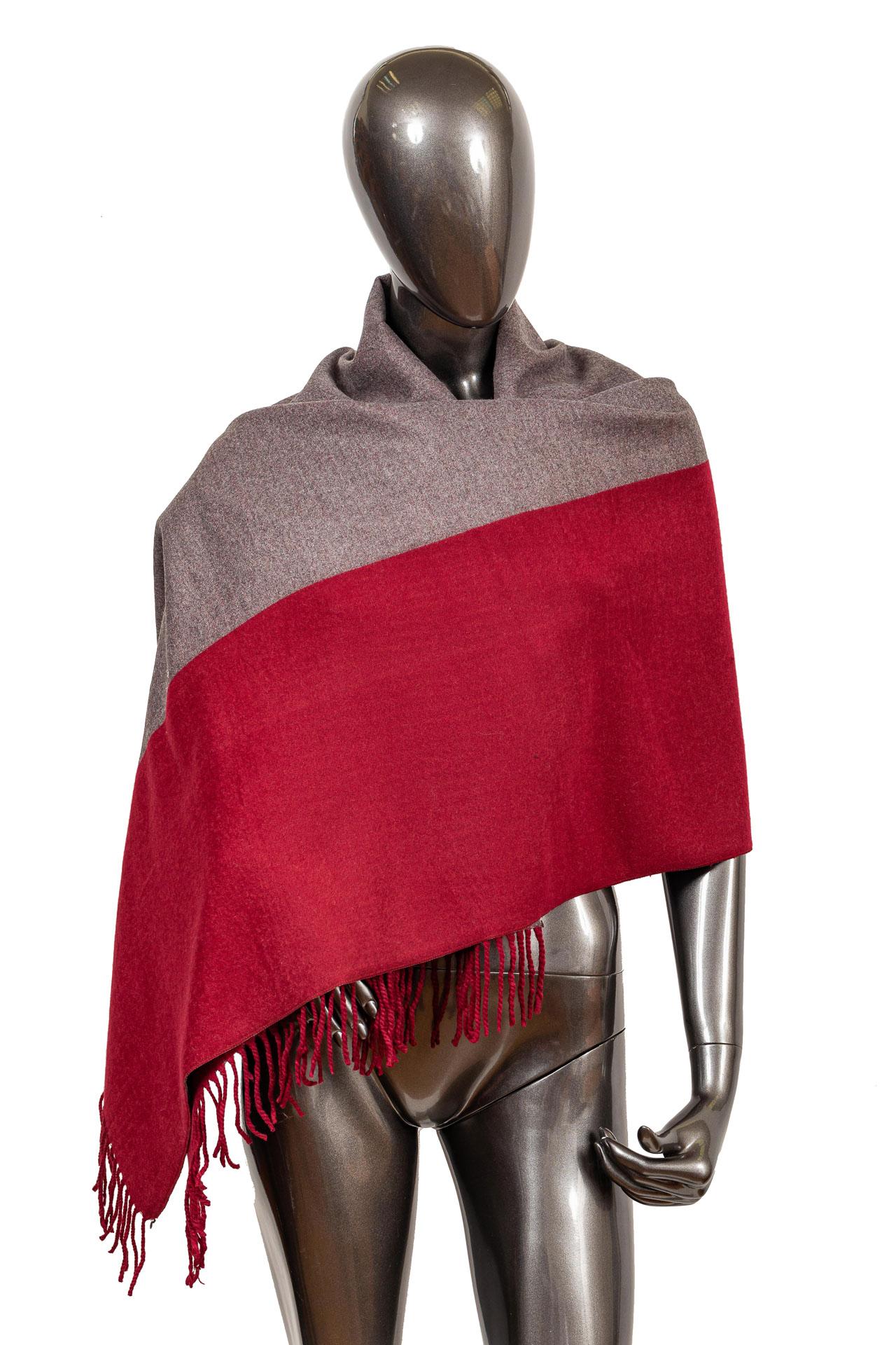 На фото 1 - Платок-палантин из кашемира, цвет бордовый