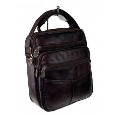 На фото 1 - Небольшая сумка из натуральной кожи, цвет шоколад