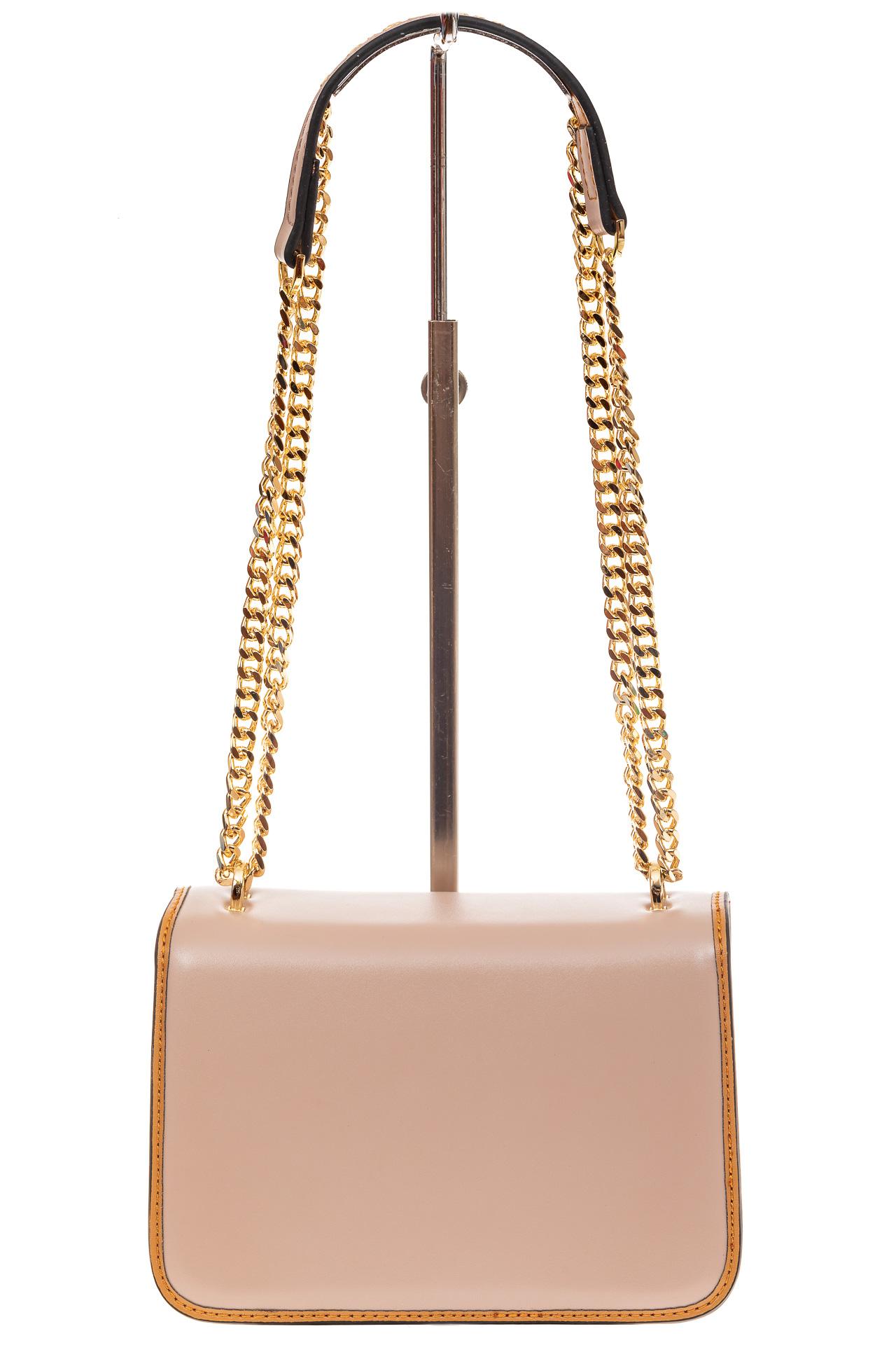 На фото 3 - Каркасная сумка-малышка из натуральной кожи, цвет розовый