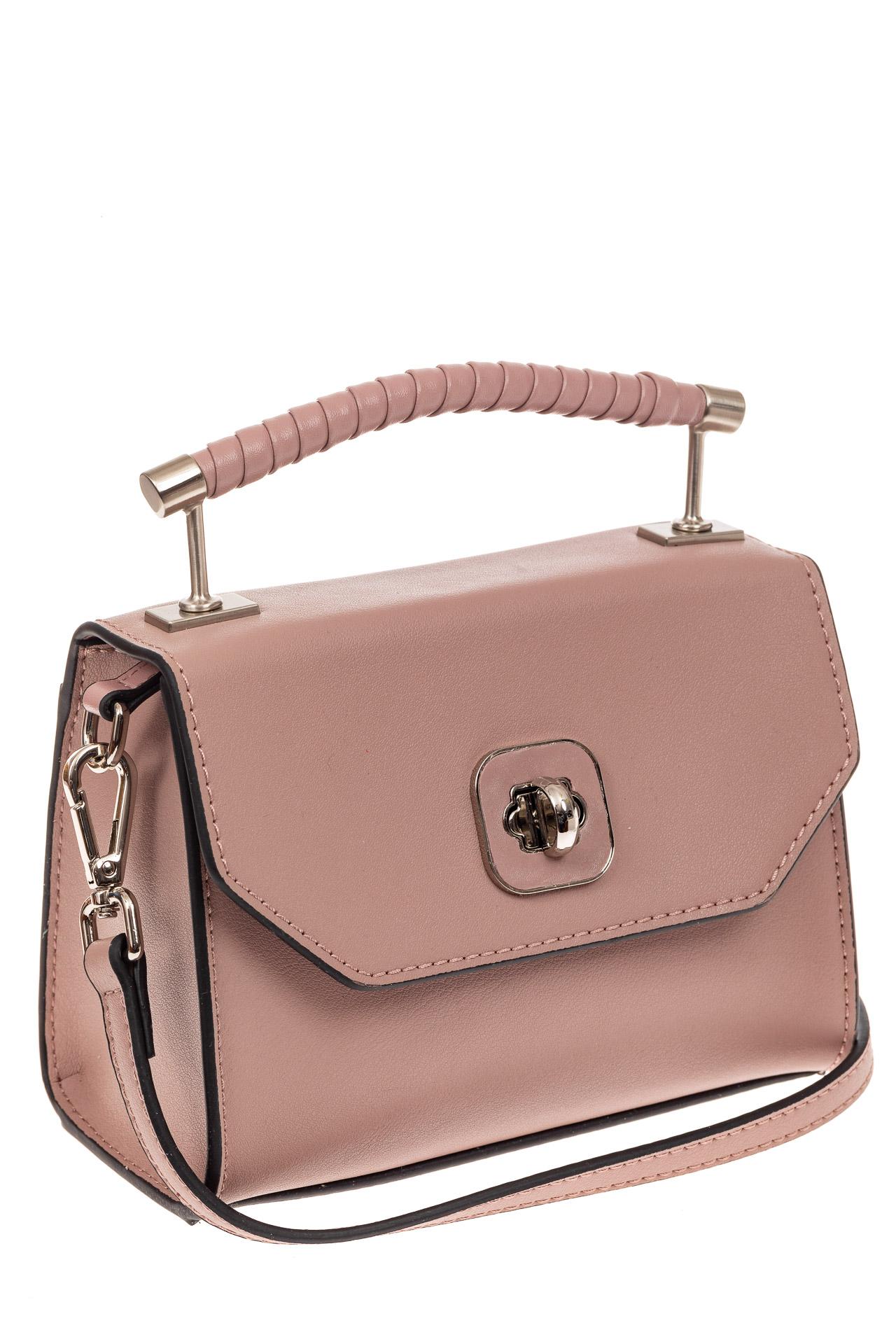 На фото 1 - Каркасная сумка-малышка из натуральной кожи, цвет пудра