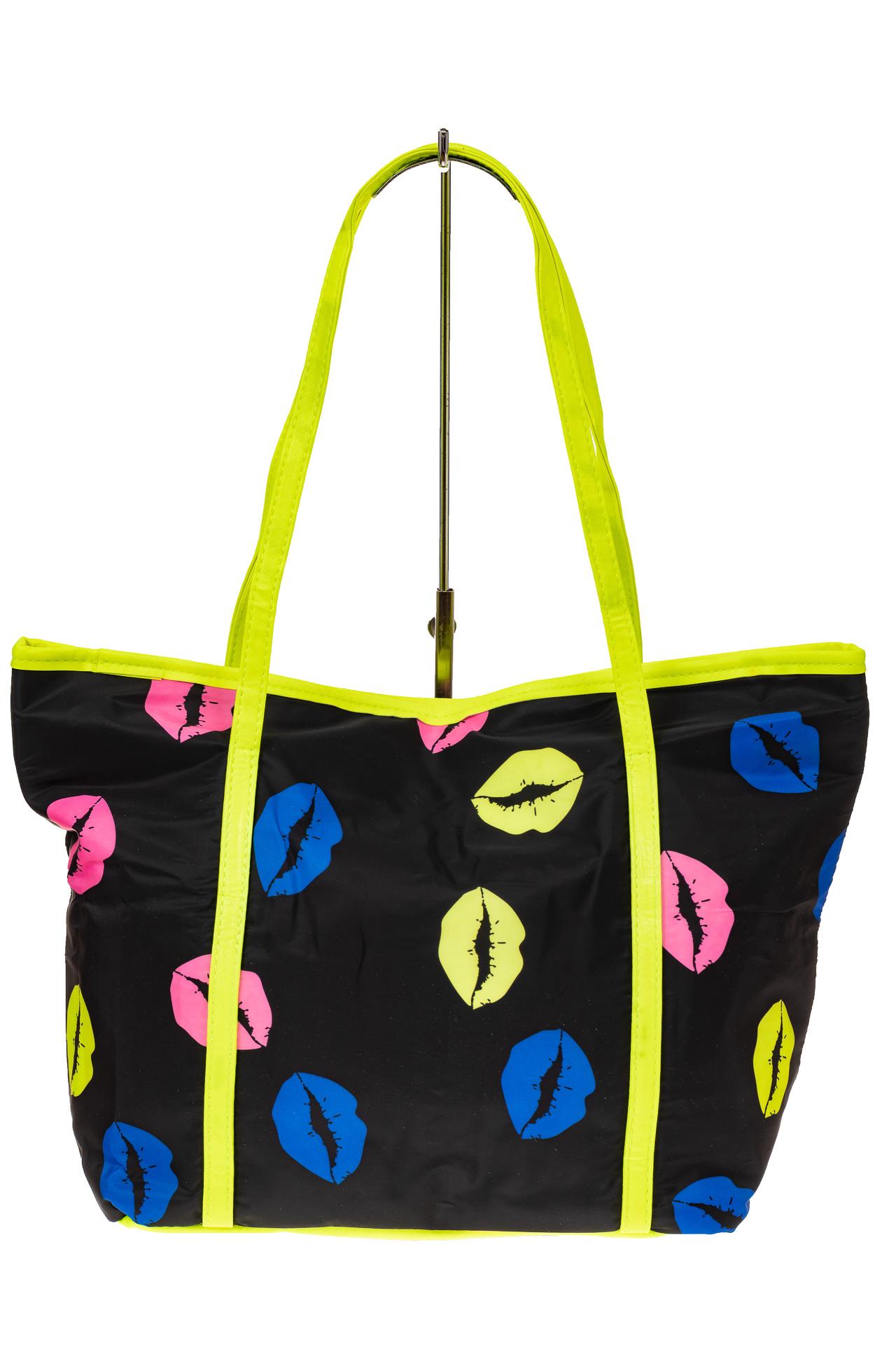 На фото 2 - Пляжная сумка из текстиля, цвет черный