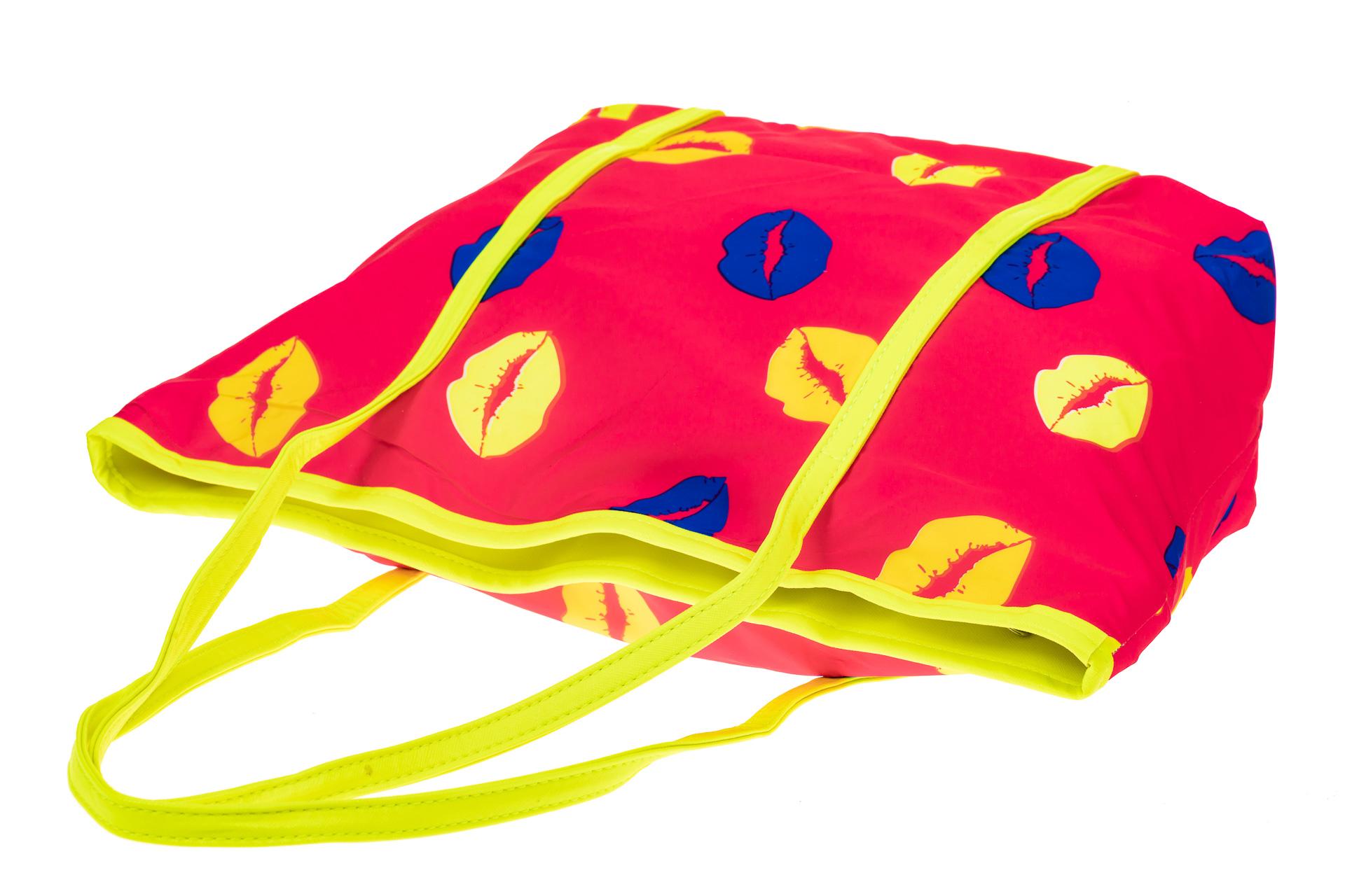 На фото 3 - Пляжная сумка из текстиля, цвет розовый
