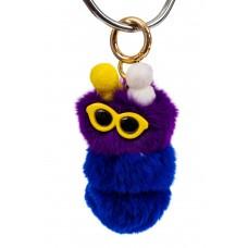 На фото 1 - Брелок гусеница из натурального меха, цвет фиолетовый с синим