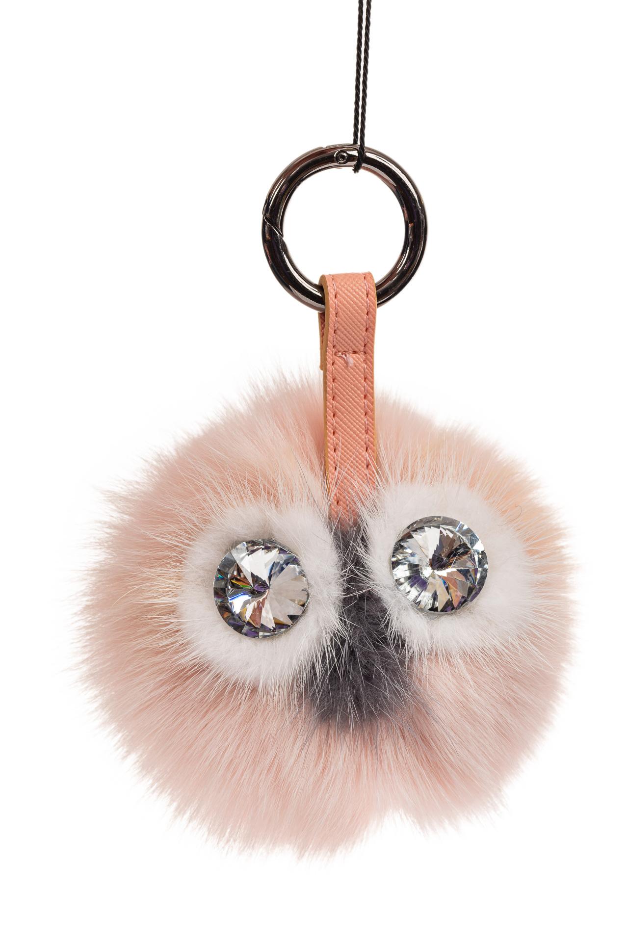 На фото 1 - Брелок из натурального меха на аксессуары розового цвета