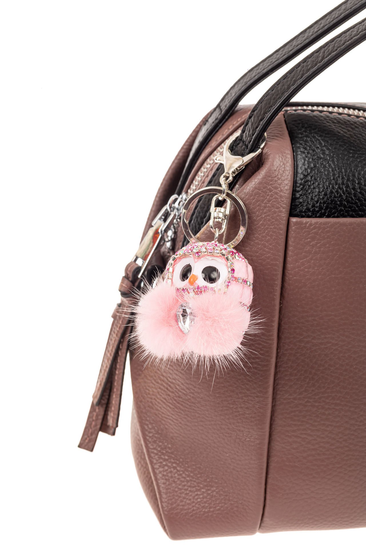 На фото 2 - Брелок в форме совы для ключей авто розового цвета