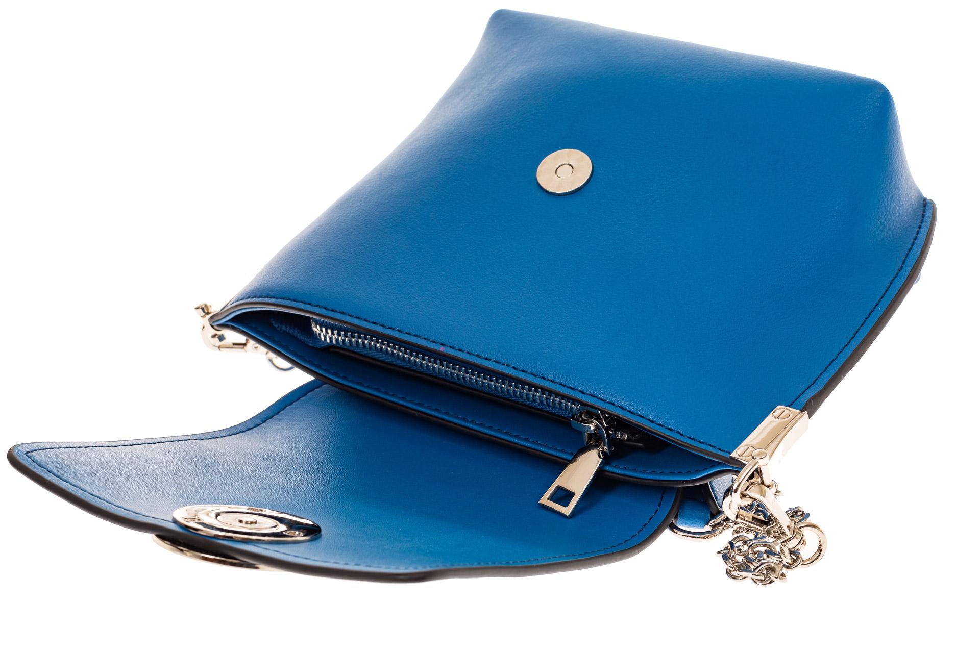 На фото 3 - Женская сумка кросс-боди из натуральной кожи, цвет синий