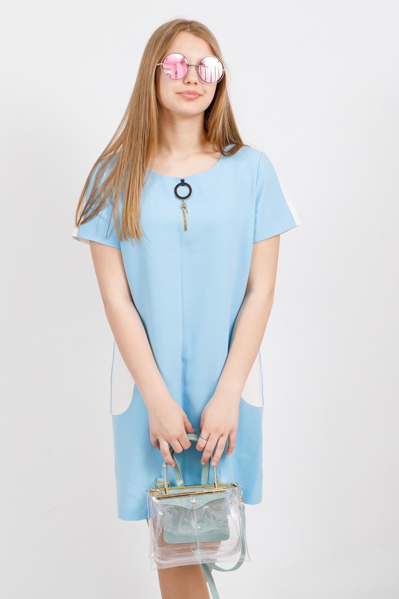 На фото 4 - Сумка кросс-боди с фермуаром из прозрачного винила, цвет голубой