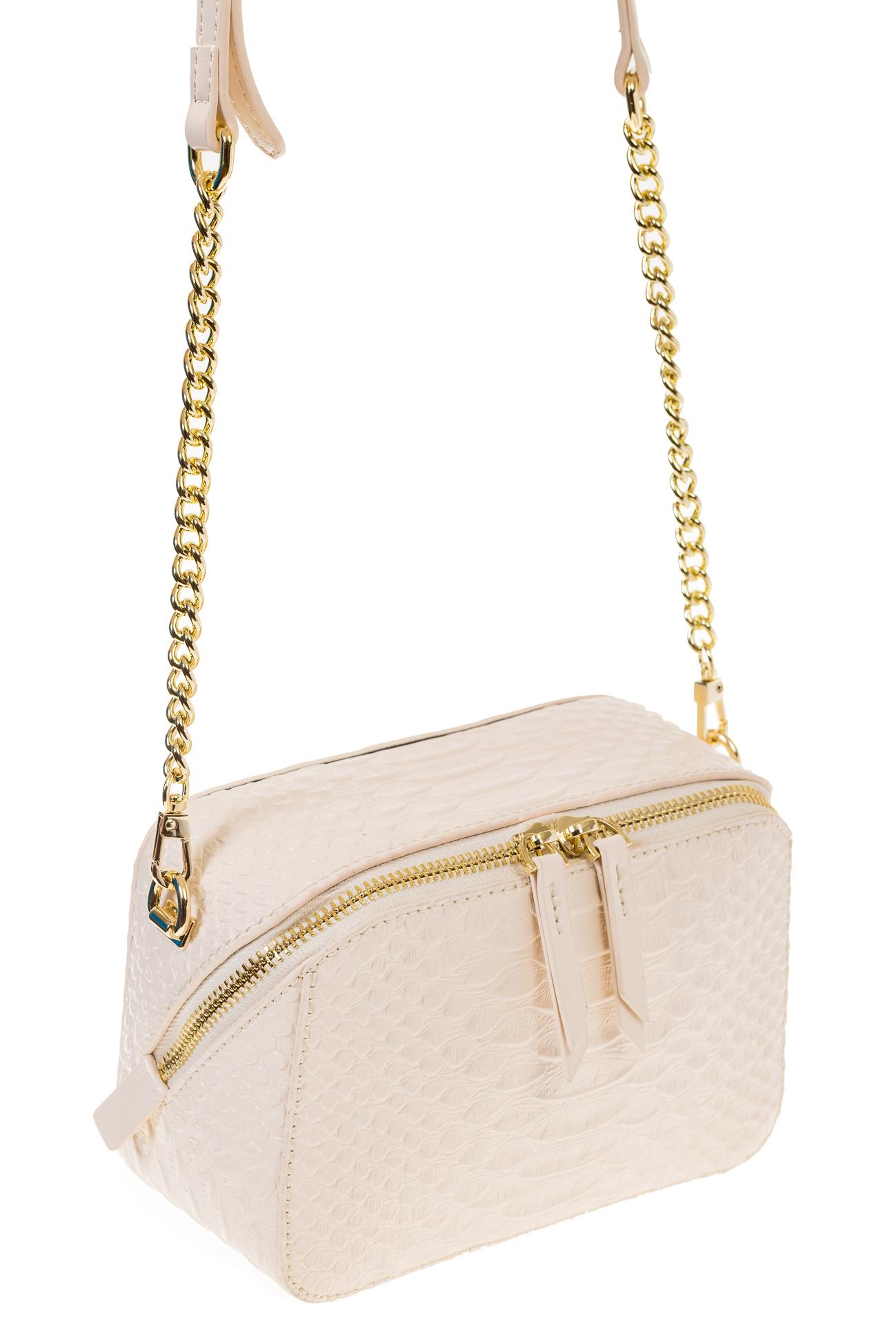На фото 1 - Женская сумка-коробочка белого цвета 13G178Z