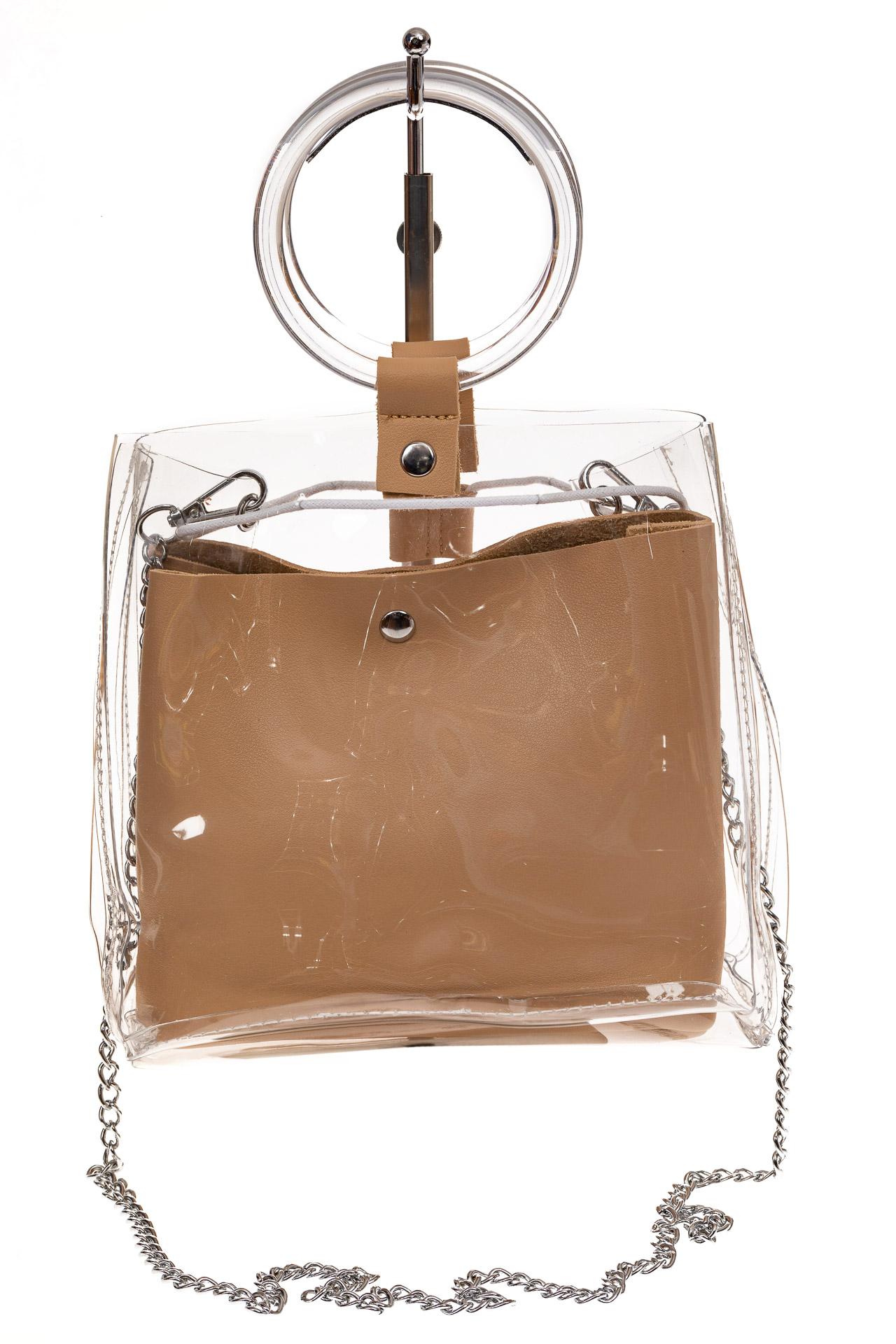 На фото 2 - Ring-bag из винила и эко-кожи, цвет бежевый