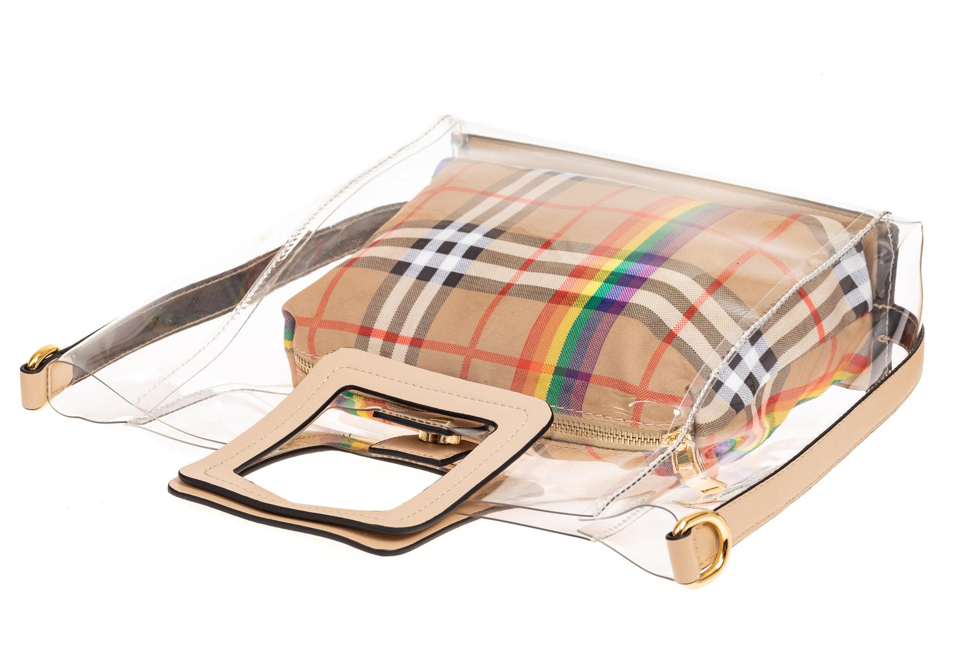 На фото 3 - Сумка шоппер из прозрачного винила с квадратными ручками, цвет бежевый
