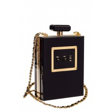 На фото 1 - Сумка-коробочка из пластика, цвет черный