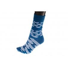 На фото 1 - Женские носки с белым орнаментом, основной цвет синий