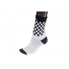 На фото 1 - Недорогие женские носки с принтом шашечки, основной цвет черно-белый