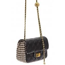 На фото 1 - Маленькая сумка кросс-боди из искусственной кожи и текстиля, цвет чёрный