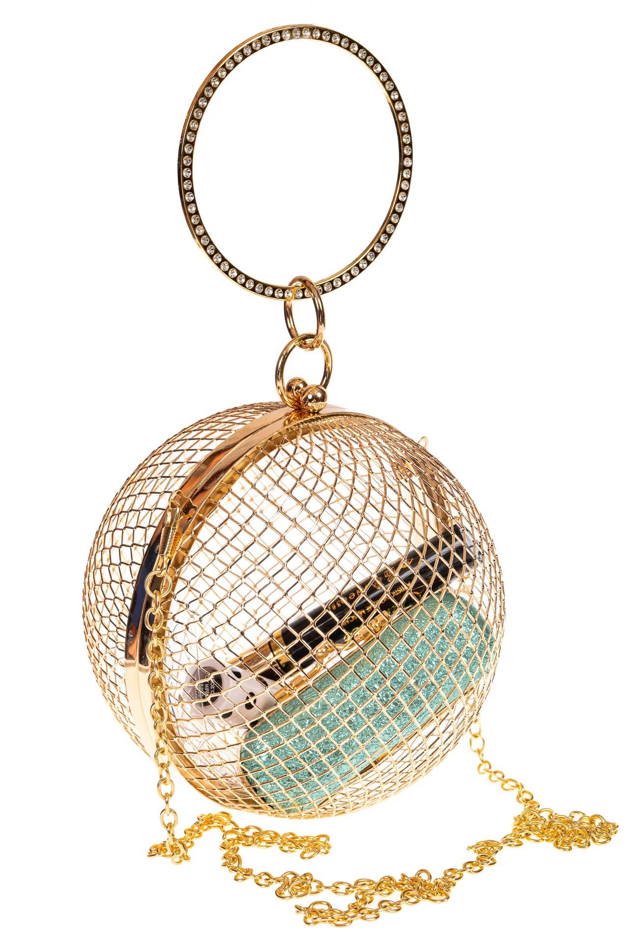 На фото 1 - Сумочка невесты в форме золотого шара