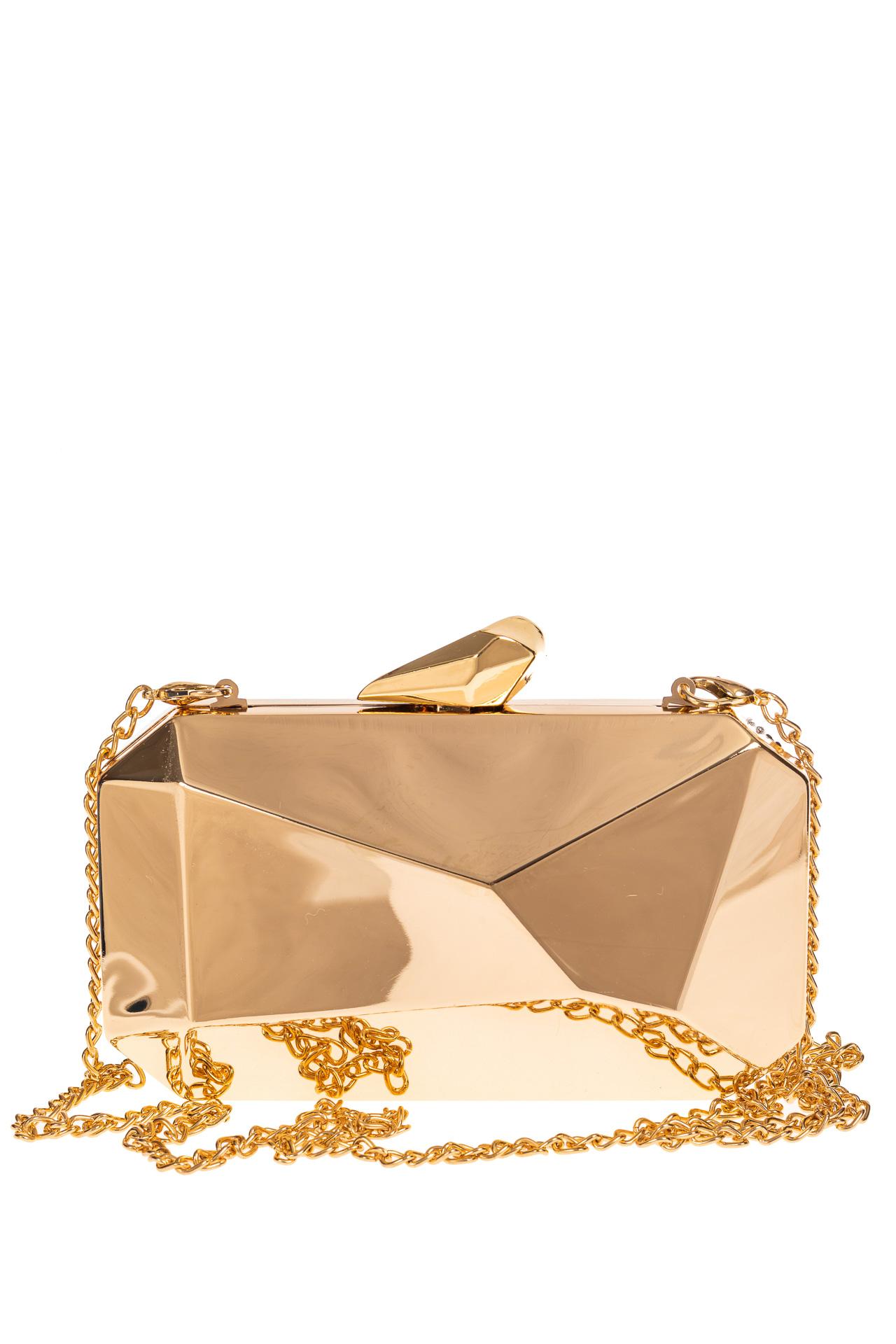 На фото 3 - Оригинальная вечерняя сумочка,  цвет золото