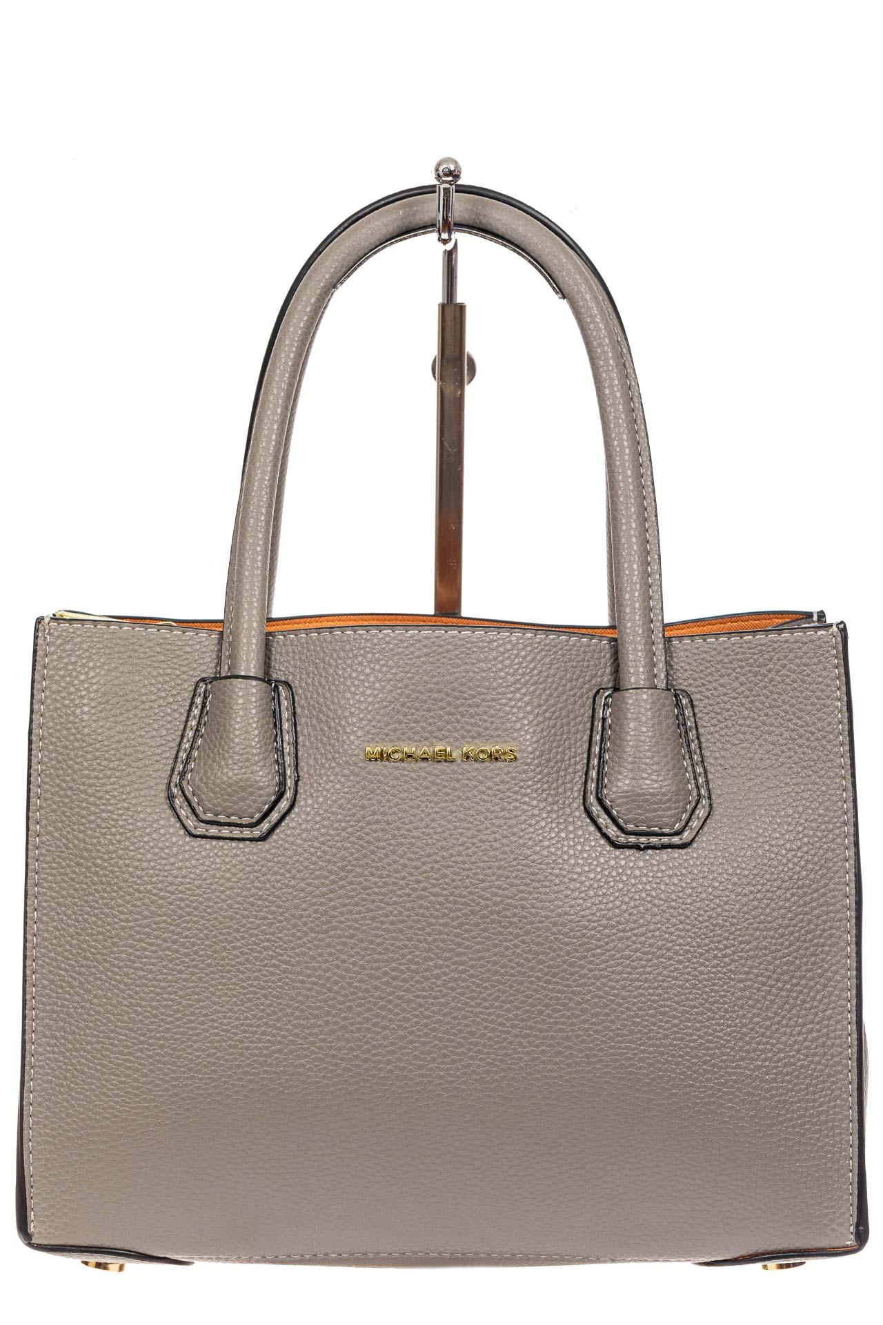 На фото 2 - Женская сумка из искусственной кожи, серая
