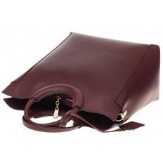 На фото 4 - Бордовая сумка с ручками-кольцами из искусственной кожи