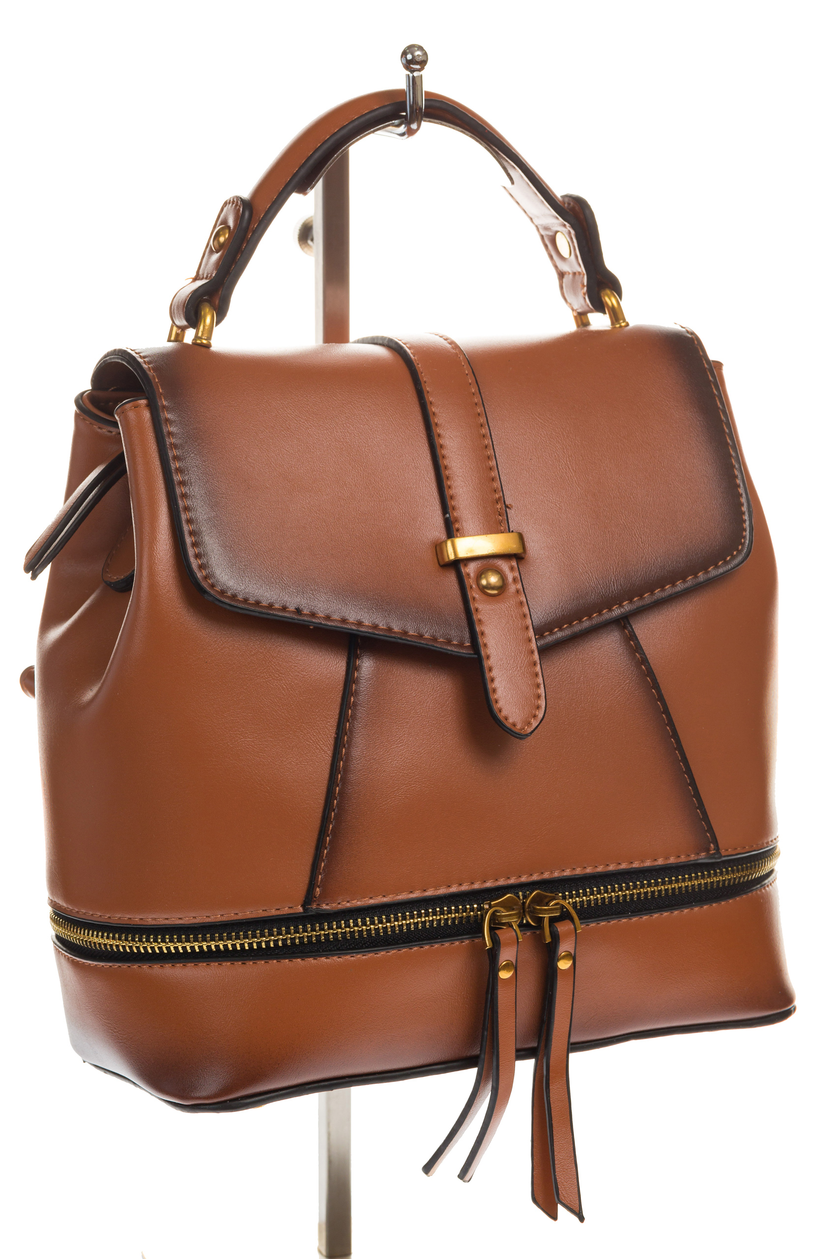 На фото 1 - Сумка-рюкзак