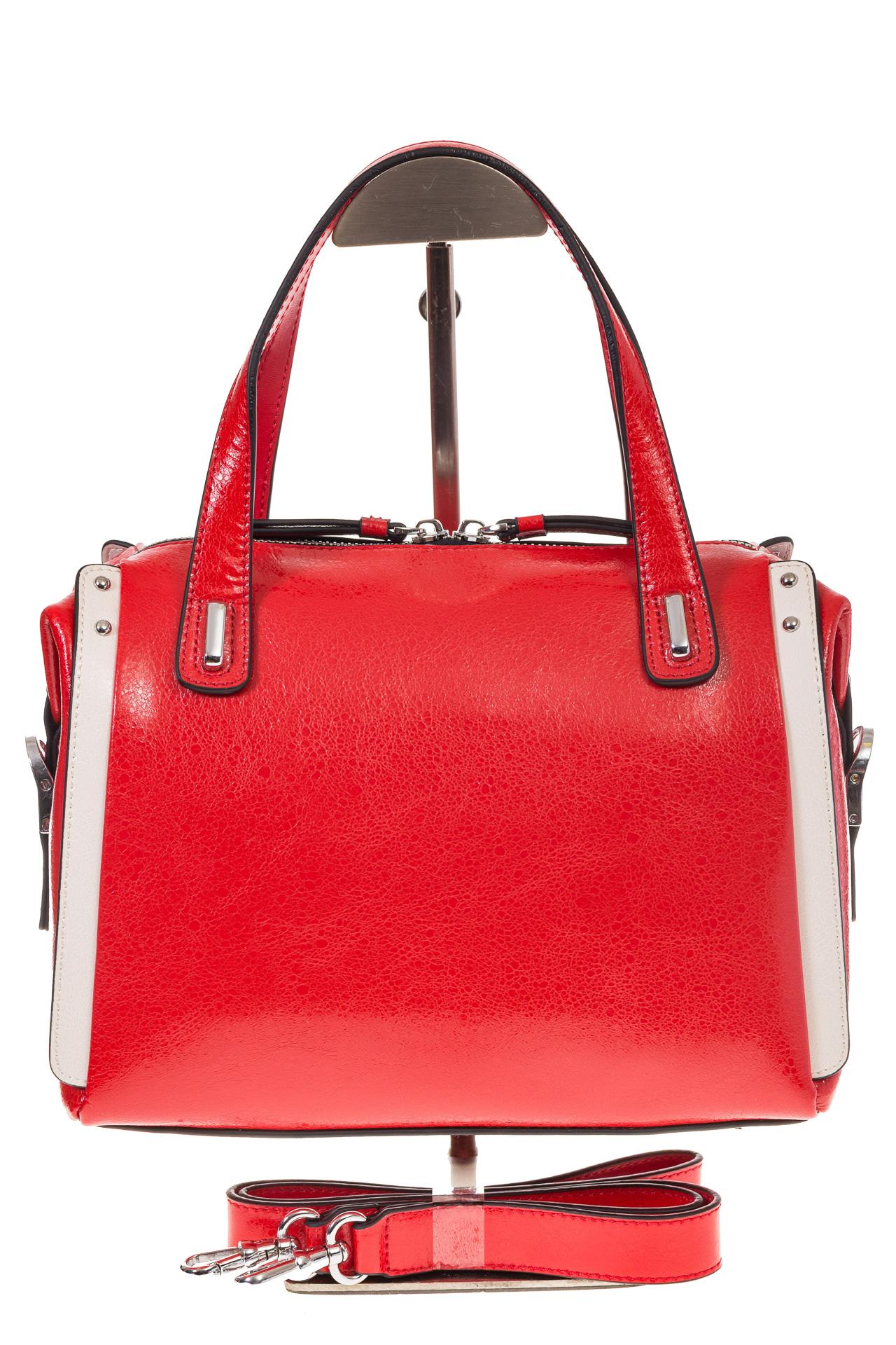 На фото 2 - Красная глянцевая кожаная сумка 1791AK