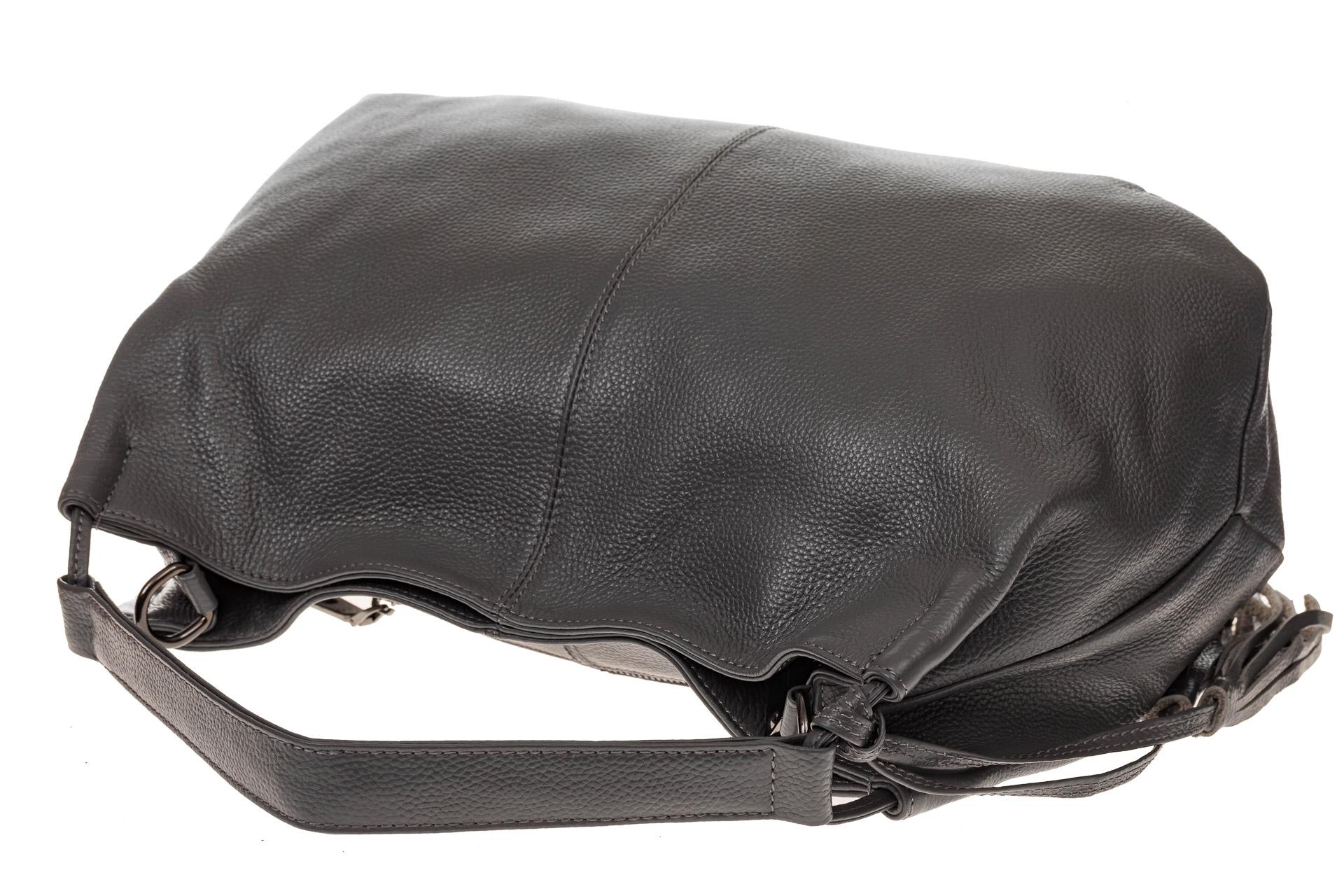 На фото 4 - Мягкая женская сумка из натуральной кожи, цвет серый