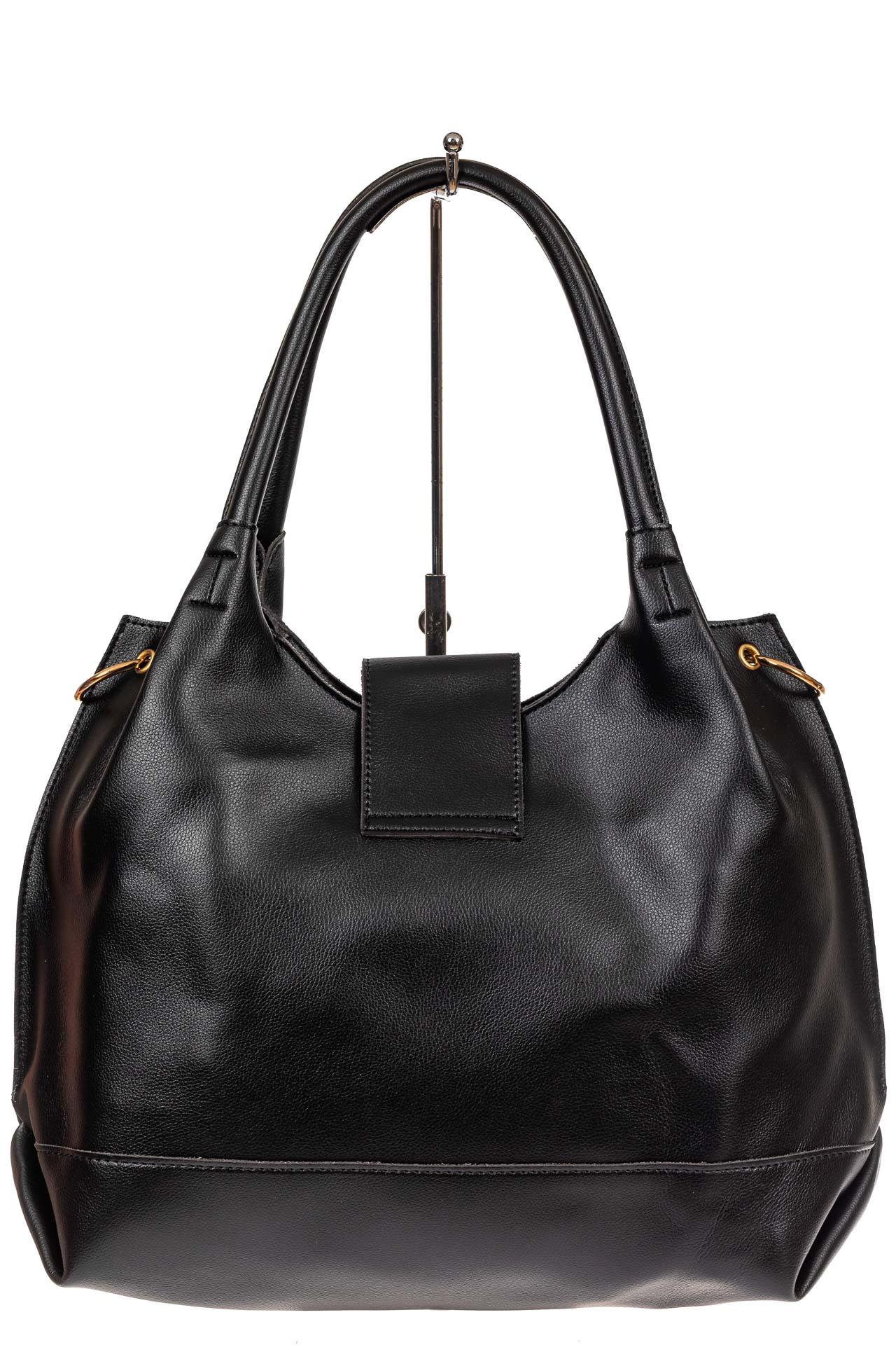 На фото 3 - Большая сумка шоппер из искусственной кожи, цвет черный